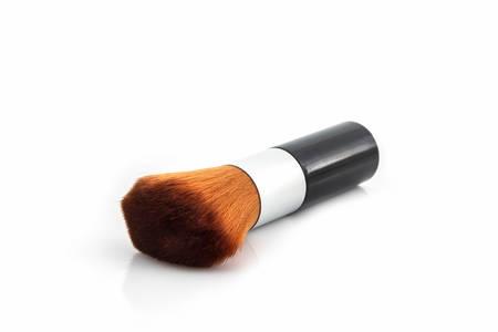 Photo pour Makeup brush powder Blusher on white background. - image libre de droit