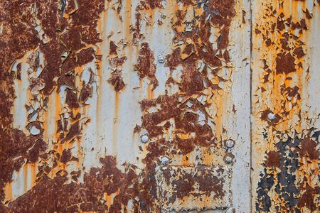Photo pour textured rough old sheet of metal painted with splashes rusted grunge background - image libre de droit