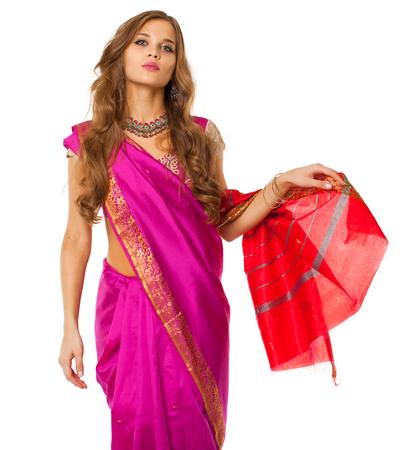 Photo pour Young beautiful brunette woman in indian dress - image libre de droit