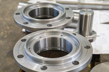 Photo pour Adapter flange from welded joint after fabrication. - image libre de droit
