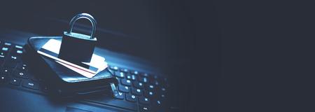 Photo pour Credit card security. Online Shopping security - image libre de droit