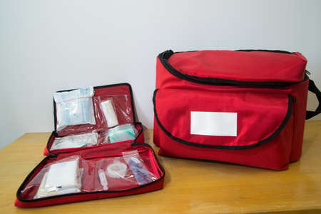 Foto de Survival kit and first aid kit - Imagen libre de derechos