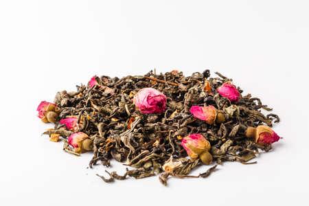 Photo pour Black dry tea with fruits and petals - image libre de droit