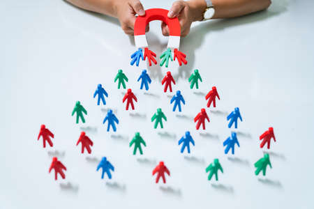 Photo pour Magnetic Lead Generation. Attract Customer With Magnet - image libre de droit