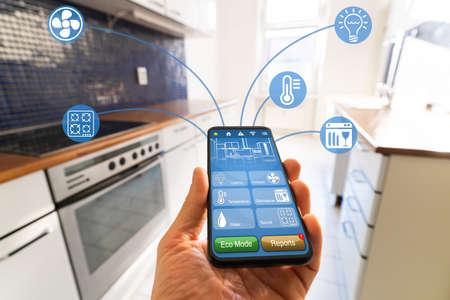 Photo pour Smart Kitchen Home Automation Control Tech Features - image libre de droit