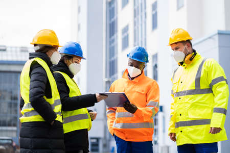 Photo pour Industrial Engineer Worker Or Builder Safety Inspector - image libre de droit