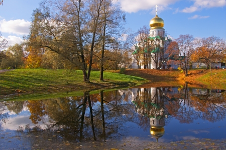 Fedorovsky cathedral in Pushkin, Russia  Autumnal landscape