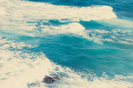 Photo pour Nature, vacation and summer concept - Ocean coast view, perfect travel and holiday destination - image libre de droit