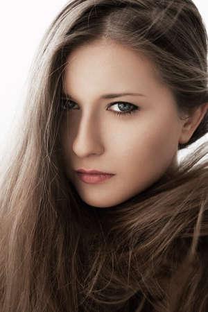 Photo pour Beauty portrait of a young woman, natural looks - image libre de droit