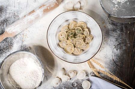 Photo pour Dumplings with stuffing. Russian cuisine. Copy space - image libre de droit