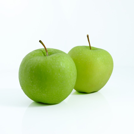 Foto de Green apple on white background, Green apple isolated, Fruit on white background - Imagen libre de derechos