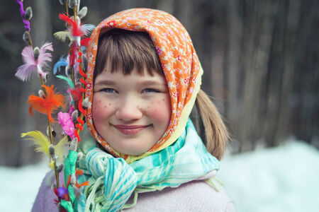 Photo pour Little girl dressed as an Easter witch with decorated willow brances- Scandinavian tradition for Easter - image libre de droit