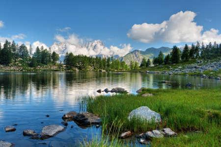 Photo pour Arpy lake, La Thuile, Aosta valley, Italy.  - image libre de droit