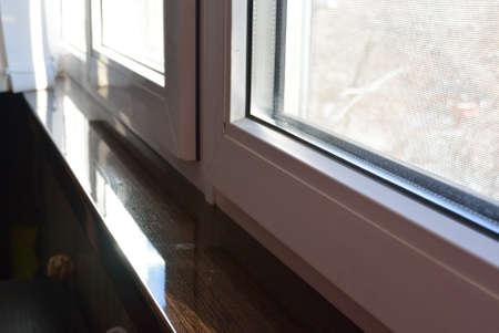 acrilyc sill venge and pvc windows glazing
