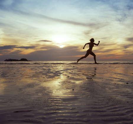Photo pour running forward, sport background - image libre de droit