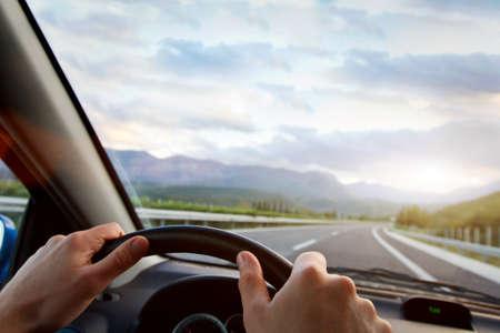 Foto de driving car - Imagen libre de derechos