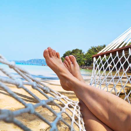 Foto de relax on the beach in hammock - Imagen libre de derechos