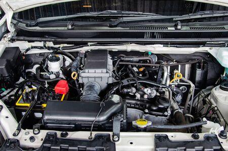 Photo pour Close up detail engine cars. - image libre de droit