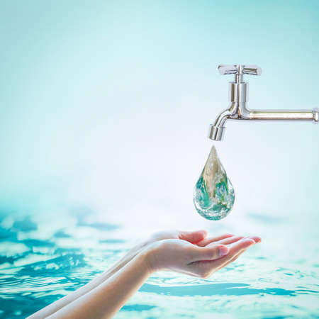 Photo pour Saving water and world environmental protection concept - image libre de droit