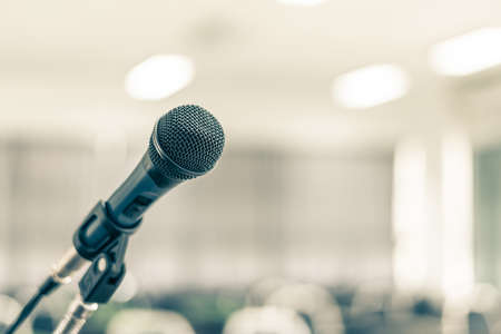 Photo pour Microphone speaker for seminar or conference meeting in educational business event - image libre de droit