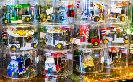 Photo pour Bangkok Thailand May 22, 2018 Handmade Tuk Tuk souvenirs in souvenir shop in Bangkok Thailand. - image libre de droit