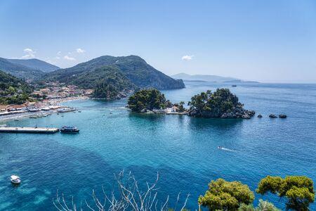 Photo pour the island Panagia next to the town Parga, Greece - image libre de droit