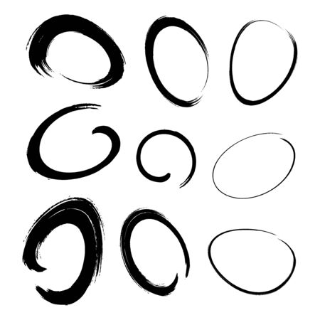 Illustration pour Hand drawn watercolor circle brush stroke set. Grunge chalk scribble ellipse and circle design elements for banner, insignia , Icon and badge. Brush circular freehand line smears. Vector doodle. - image libre de droit