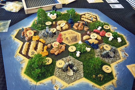 Foto de Phuket Thailand - 9 FEBRUARY 2018: DIY custom Catan Boardgame base in 3d model and set to play  on the original tile to play on table - Imagen libre de derechos