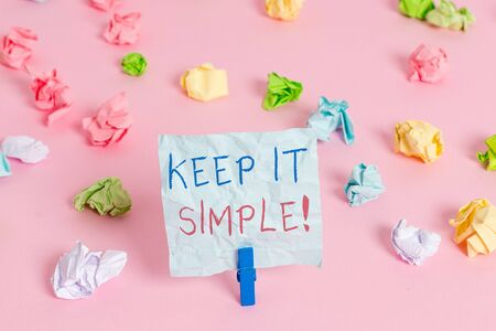 Photo pour Writing note showing Keep It Simple. Business concept for ask something easy understand not go into too much detail - image libre de droit
