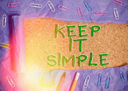 Photo pour Writing note showing Keep It Simple. Business concept for to make something easy to understand and not in fancy way - image libre de droit
