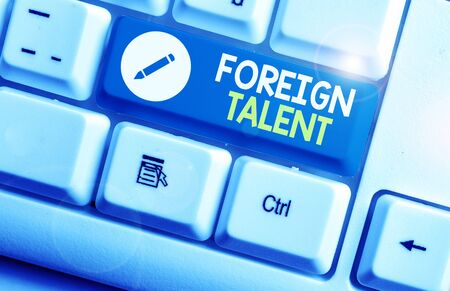Photo pour Writing note showing Foreign Talent. Business concept for foreigners with professional qualifications or degrees - image libre de droit