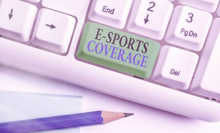 Foto per Conceptual hand writing showing E Sports Coverage. Concept meaning Reporting live on latest sports competition Broadcasting - Immagine Royalty Free