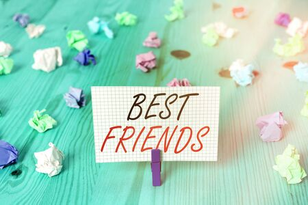 Photo pour Word writing text Best Friends. Business photo showcasing A an individual you value above other an individuals Forever buddies - image libre de droit