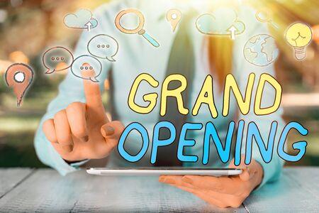 Foto de Text sign showing Grand Opening. Business photo showcasing Ribbon Cutting New Business First Official Day Launching - Imagen libre de derechos