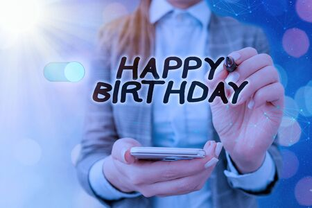 Foto de Text sign showing Happy Birthday. Business photo text The birth anniversary of an individual is celebrated with presents - Imagen libre de derechos