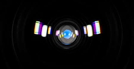 Photo pour Six-blade aperture photographic lens with colored reflections, close-up - image libre de droit