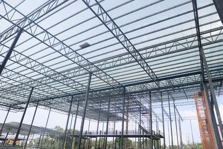Photo pour Metal steel frame building construction design - image libre de droit
