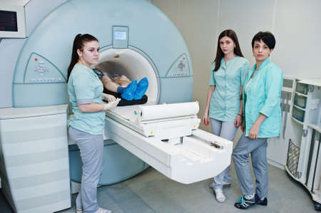 Photo pour Magnetic resonance imaging scan or MRI machine device in hospital. - image libre de droit