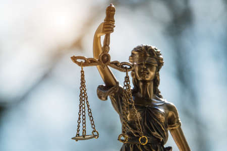 Photo pour The Statue of Justice - lady justice or Iustitia / Justitia the Roman goddess of Justice in lawyer office - image libre de droit