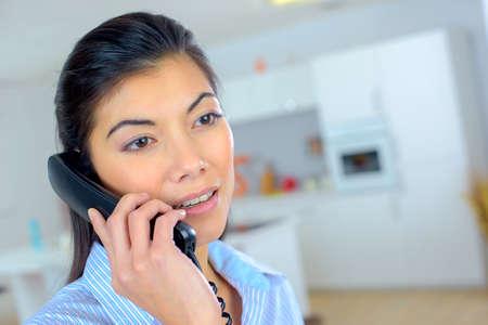 Photo pour Female telephone sales worker - image libre de droit