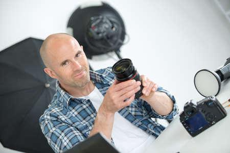 Photo pour confident and successful photographer - image libre de droit