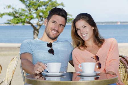 Photo pour having a coffee near the sea - image libre de droit