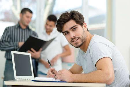 Photo pour college students in the class - image libre de droit