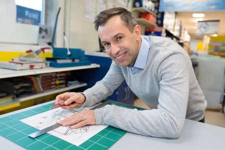 Photo pour engineer working on project - image libre de droit