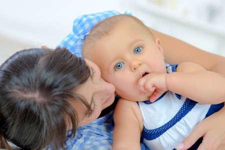 Photo pour a mom and her baby - image libre de droit