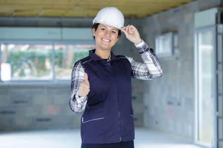Photo pour successful industrial engineer showing thumbs up - image libre de droit