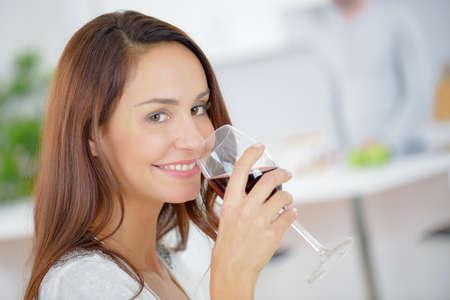 Photo pour lady drinking glass of red wine - image libre de droit