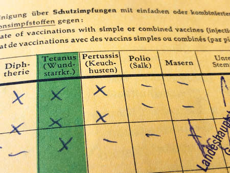 Photo pour German international certificate of vaccination with missing records for measles and polio - image libre de droit