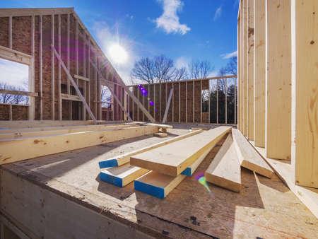 Photo pour New House Framing Construction - image libre de droit