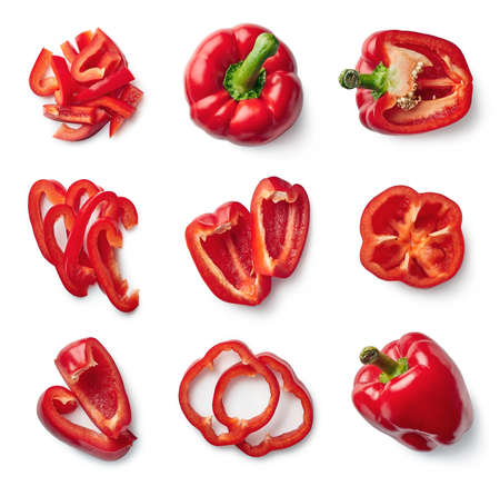 Photo pour Set of fresh whole and sliced sweet red pepper isolated on white background. Top view - image libre de droit